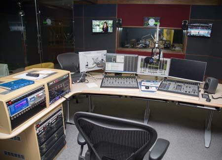 Fine Tuning Dubai Radio