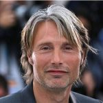 Mads Mikkelsen to replace Johnny Depp for third 'Fantastic Beasts' film